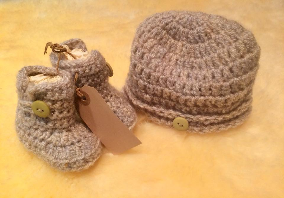 Set  Baby Hat   Booties by Caroline Brown – Oxenham Art 2e7a654492ce